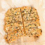 Soolane müslibatoon juustu ja sibulaga (10 koostisosa)